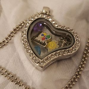 Jewelry - Heart Shaped Clear Beach Charm Locket Necklace
